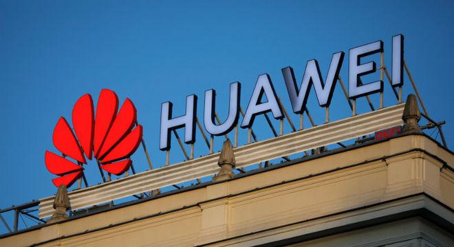 EUA darão licenças para que empresas norte-americanas vendam para Huawei