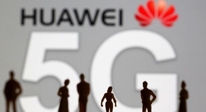 Boris Johnson deve banir a Huawei das redes 5G do Reino Unido