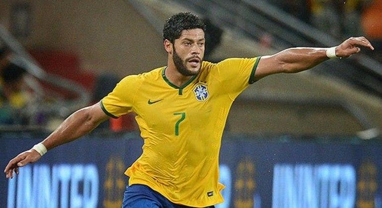 Hulk foi convocado porque os times ingleses decidiram não ceder jogadores para as Eliminatórias