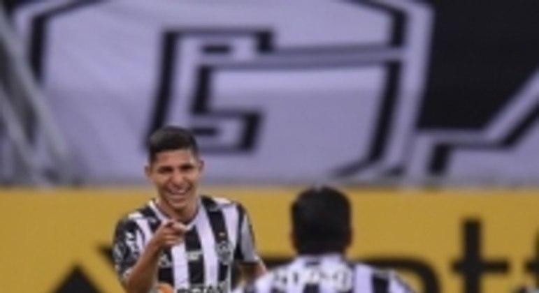 Hulk e Savarino foram os grandes nomes do Atlético-MG na goleada sobre o Cerro Porteño