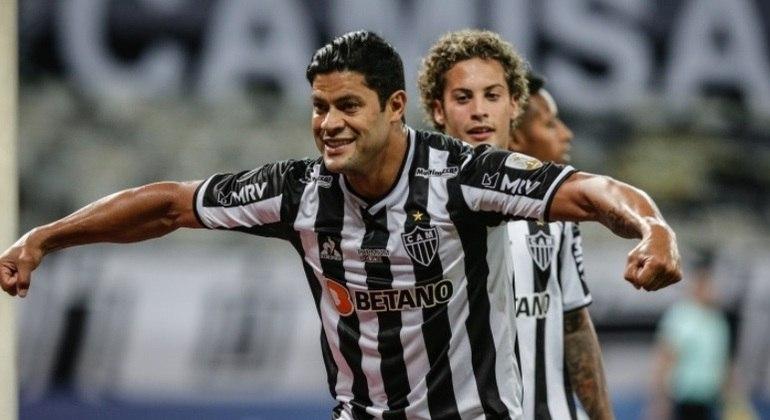 Hulk comemora gol em vitória do Atlético-MG para cima do Cerro