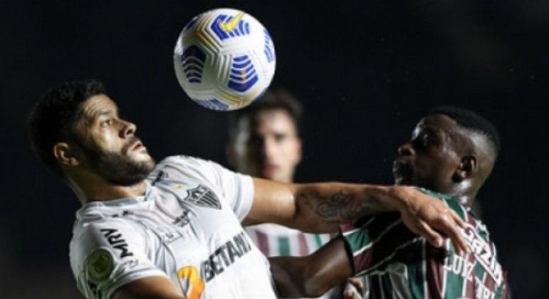 Hulk também questionou a penalidade marcada pela arbitragem que deu origem ao gol do Fluminense, anotado por Fred