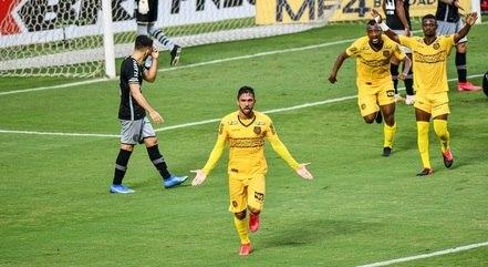 Humberto fez o gol do Madureira no jogo