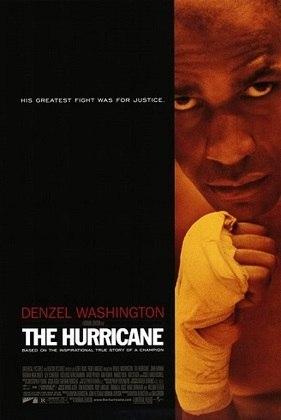 'Hurricane – O Furacão' (1999) conta a história do pugilista Rubin 'Hurricane' Carter, interpretado por Denzel Washington, que teve tentava ser campeão mundial de boxe na década de 60 e acabou sendo acusado de matar três pessoas em noite de Ano-Novo. Ele foi preso injustamente por 19 anos.