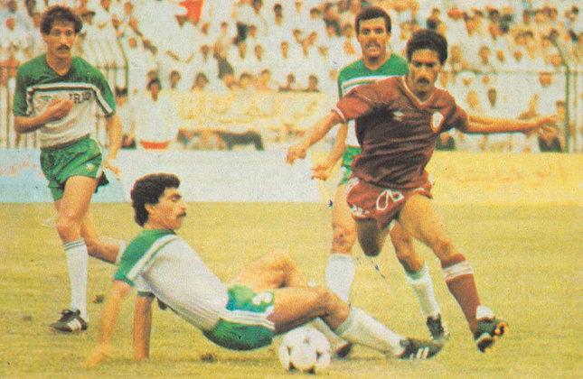 Hussein Saeed: 78 gols em 137  jogos pela seleção do Iraque.