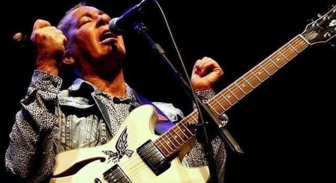 Hyldon mantém a força do soul brasileiro nos palcos