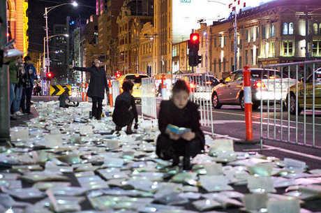 'Rio' de livros pelas ruas de Ann Arbour, nos EUA