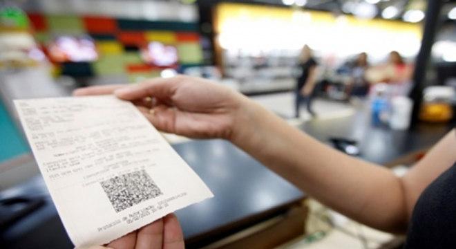 Informações de compras só podem ser armazenadas com consentimento do cliente