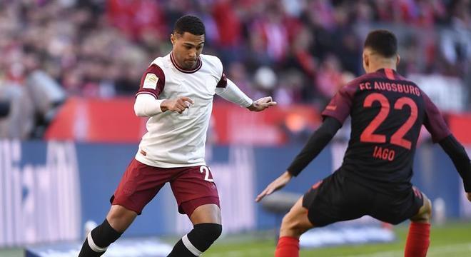 Iago enfrentou o Bayern pelo Campeonato Alemão