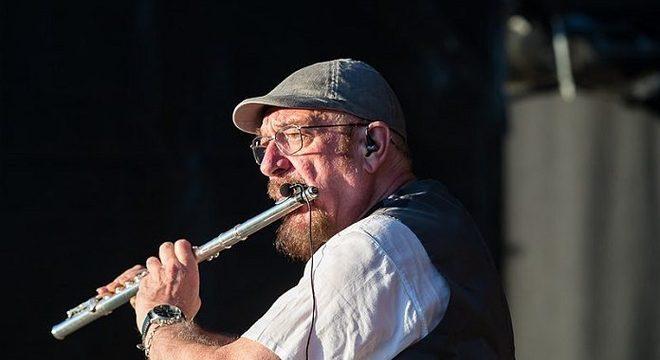 """""""Complicado"""": Ian Anderson fala sobre reunião do Jethro Tull"""