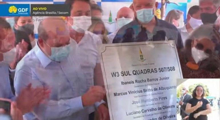 Ibaneis entrega reforma das quadras da W3 Sul e anuncia revitalização da W3 Norte para 2022