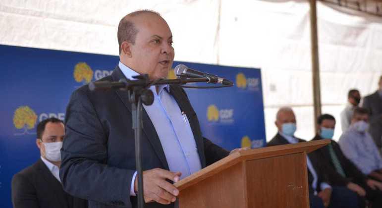 O governador Ibaneis Rocha, que prevê iniciar a vacinação contra Covid para adolescentes de 12 anos até o fim de semana