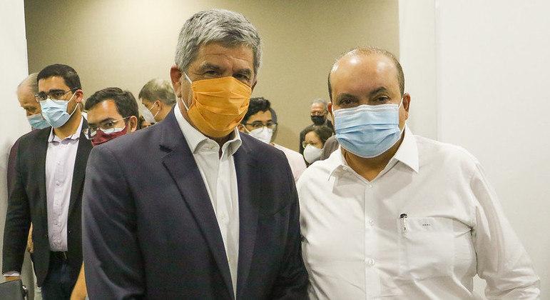 Anúncio de negociação de troca de vacinas foi realizado durante apresentação do novo secretário de Saúde do DF