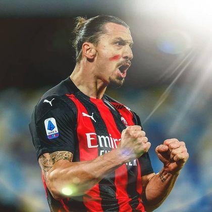 Zlatan Ibrahimovic, atacante do Milan, leva a medalha de bronze nessa lista dos maiores artilheiros em atividade, com 564 gols. O sueco de 39 anos, em sua passagem pelo PSG, anotou 156 gols em 180 jogos, registrando a incrível média de 0,87 gols por partida pelo clube parisiense