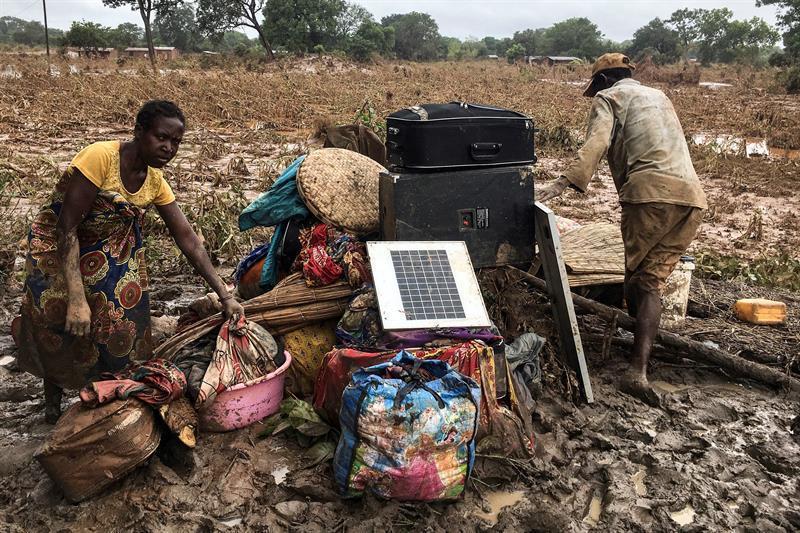 'Onde tinha casa, já não tem mais nada', diz testemunha do ciclone