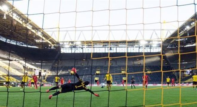 Ideia de reproduzir reação de torcedores através de alto-falantes do estádio também pode ser posta em prática no Brasil na volta ao futebol