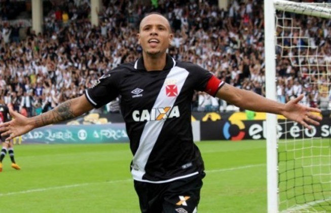 Ídolo no São Paulo, Luís Fabiano não conseguiu repetir as boas atuações no Vasco. Aliás, pouco atuou: foram apenas 20 jogos e muitas lesões