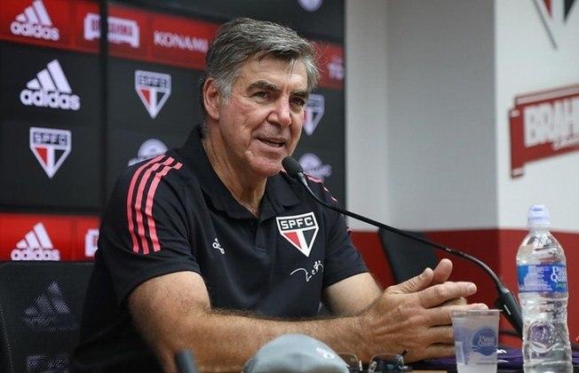 ÍDOLOS VOLTANDO - Além de Muricy Ramalho, Casares trouxe nomes importantes da história do São Paulo, como o ex-goleiro Zetti, que será coordenador de goleiros na base do Tricolor.