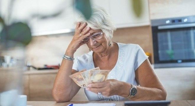 Valor do benefício só será integral após 40 anos de contribuição