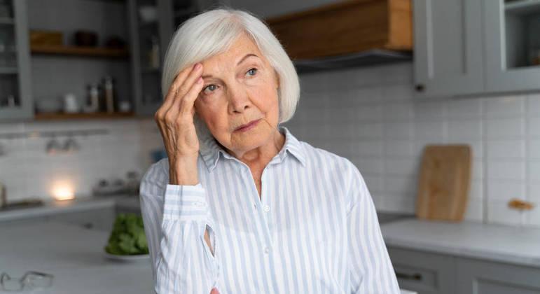 Mulheres idosas podem dispensar a radioterapia ou a cirurgia em alguns casos, diz especialista