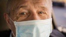 Inglaterra tem todos os idosos em asilos vacinados, indica NHS