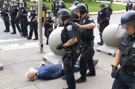 Policiais envolvidos em caso foram suspensos
