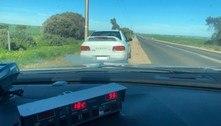 Idoso e furioso: vovô de 80 anos perde cartaapós dirigir a 182 km/h