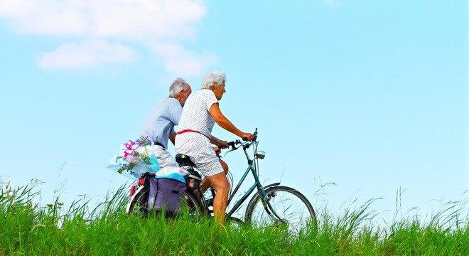 Andar de bicicleta por 30 minutos pode ser considerada uma atividade moderada