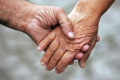 Idosos crescem entre clientes de convênios médicos