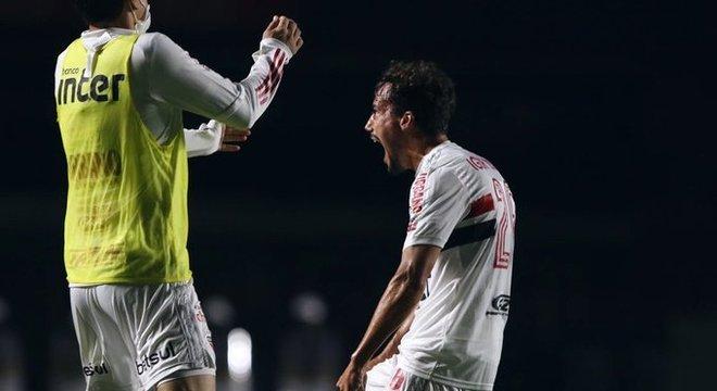 Igor Gomes marcou o primeiro gol, em um chute impressionante