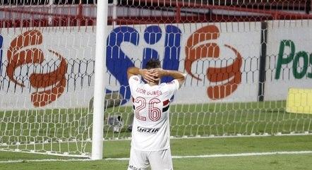 Igor Gomes lamenta chance perdida
