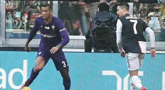 Igor teve que marcar Cristiano Ronaldo logo na estreia pela Fiorentina