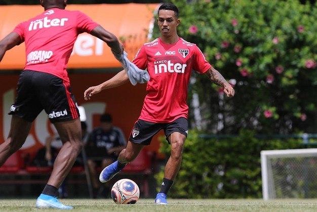 IGOR VINÍCIUS - Lateral-direito de 23 anos é bem avaliado no clube, tanto que foi comprado após uma temporada de empréstimo, mas Juanfran não tem dado brecha: jogou só três vezes em 2020, duas como titular (contra Ponte Preta e Binacional). Pelo Tricolor, tem 33 jogos e um gol.