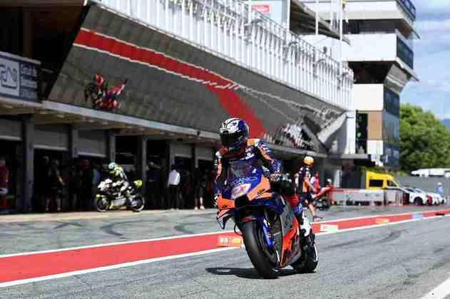 Iker Lecuona sai em 19º em Montmeló