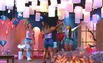 Após a ida de Nadja para o Exílio, Any, Dinei, Laura, Valesca e Pyong curtiram a última festa da Ilha Record. Para comemorar a reta final do reality show, eles combinaram de deixar as estratégias de lado e aproveitar cada momento da comemoração; veja tudo o que rolou!