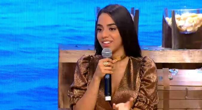 Mirella diz estar surpresa com o carinho que recebeu dos fãs da Ilha Record