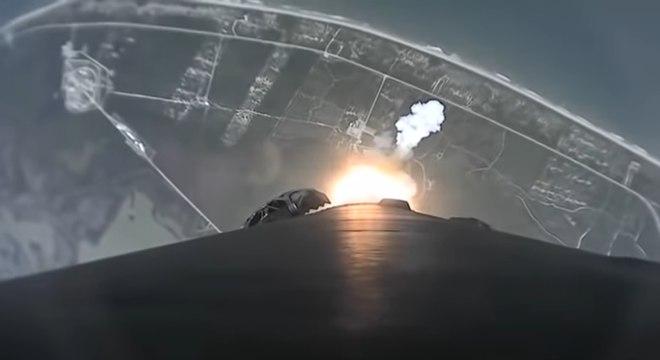Imagem de propulsor da SpaceX retornado à Terra
