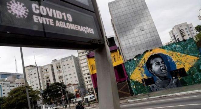 Estado de São Paulo está em quarentena desde 24 de março e deve começar reabertura gradual de comércio em meados deste mês