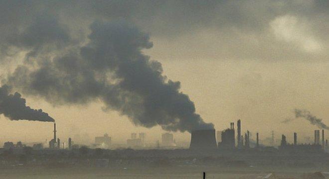 Pesquisadores viram que áreas com maior grau de poluição em determinado dia apresentavam uma alta nos níveis de criminalidade