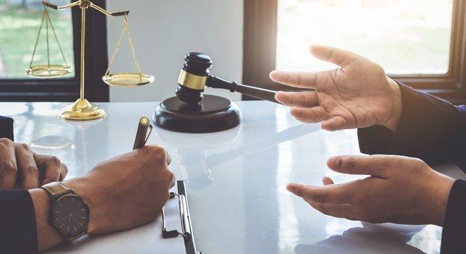 Quase 90% dos magistados defendem aprovação do 'plea bargain', afirma associação de procuradores