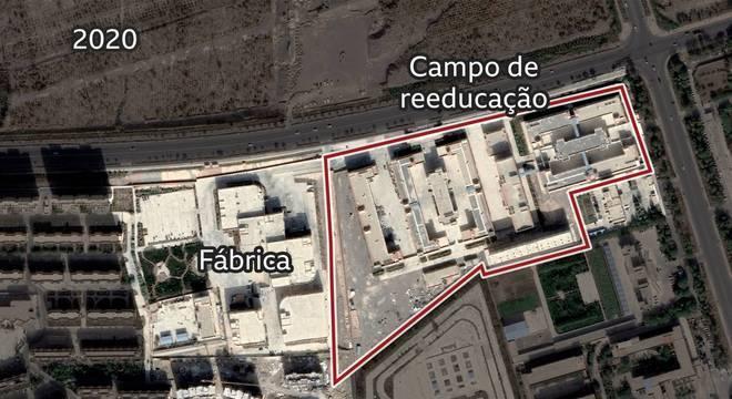 Imagem de satélite mostra fábrica ao lado de complexo prisional