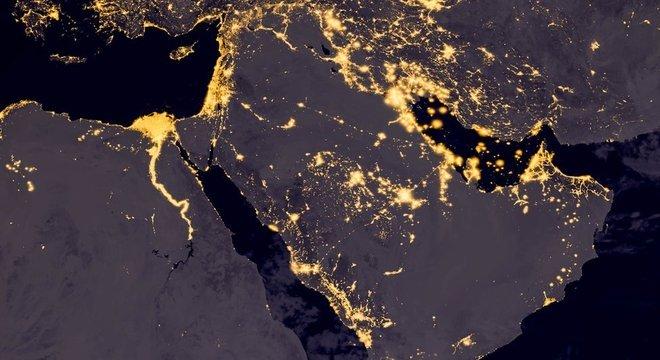 Geopolítica do Oriente Médio tem no tabuleiro inimigos e aliados circunstanciais, disputas religiosas e o subsolo mais rico em petróleo do mundo