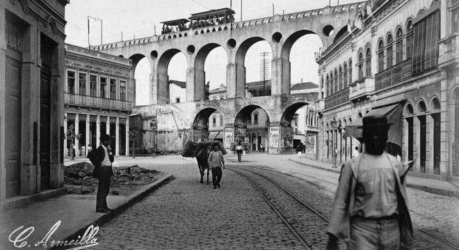 Arcos da Lapa: Armeilla ganhava a vida vendendo fotos para revistas da época, como Kósmos e Careta