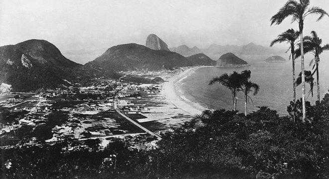 Bairros do Leme e de Copacabana: fotógrafo foi enterrado como indigente no cemitério do Caju