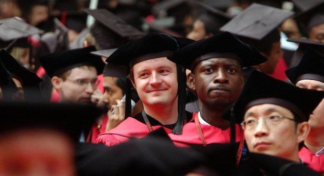Harvard é considerada uma das melhores universidades do mundo e também é a mais endinheirada