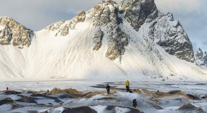 Muitos moradores têm ressaltado a necessidade de se preservar as belezas naturais da Islândia