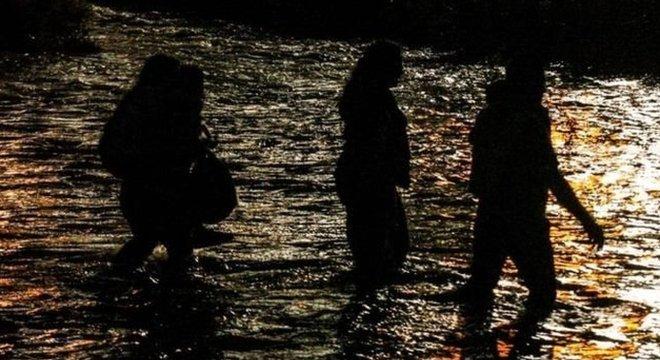O Rio Grande tornou-se um símbolo da crise migratória que assola os EUA