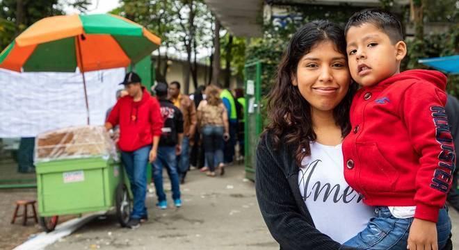 Marlene vive há 10 anos no Brasil e pede atenção à educação infantil