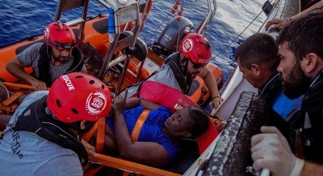 A Open Arms acaba de chegar à área de busca e salvamento (SAR) da Líbia