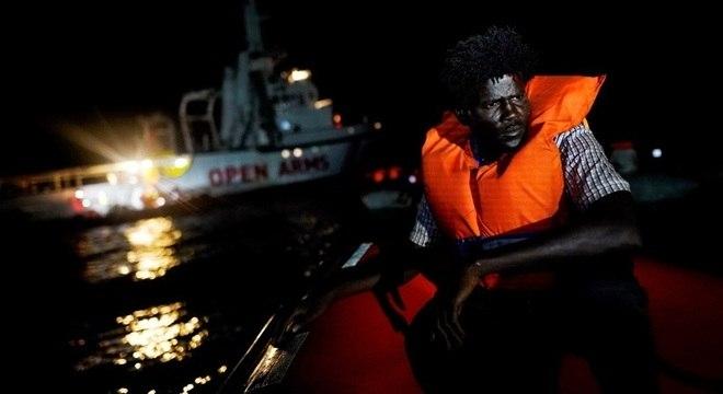 Mais de 70 mil pessoas concluíram travessia do Mediterrâneo em 2018, diz OIM